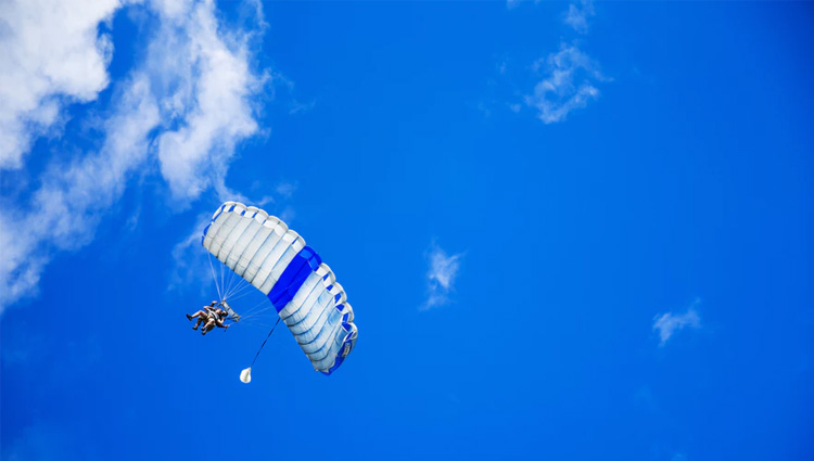 Exciting Paragliding Tours