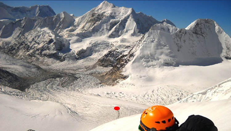 Mt. Pethangtse Expedition (6738m.)